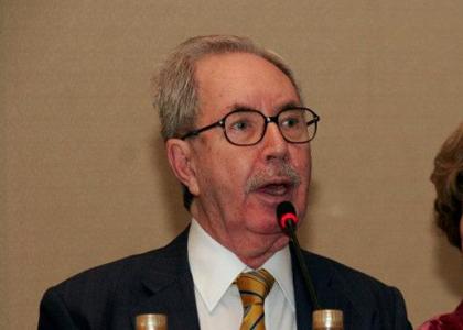 Morre professor José Carlos Barbosa Moreira