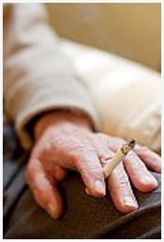 Juiz nega indenização a ex-fumante e diz que há livre-arbitrio para o vício