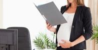 Plano prevê isenção de anuidade da OAB para advogadas grávidas