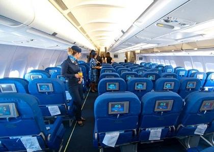 Empresa aérea deve fornecer passe livre a advogada cadeirante