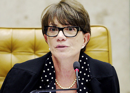 Gurgel dispensa Deborah Duprat do cargo de vice-procuradora-Geral da PGR