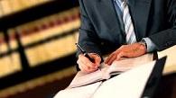 Advogado não pode mencionar em petição cargo na OAB, exceto se atuar pela entidade
