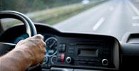 Motorista submetido a jornada diária de 17h será indenizado