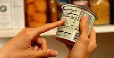 Supermercado é condenado por venda de produto vencido