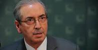 Cunha comunica início do processo de impeachment e cria comissão especial