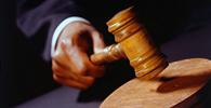 Trabalhador terá que ressarcir gastos de empresas com advogados