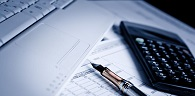 Empresa tem direito a crédito de PIS/Cofins sobre despesas com frete e armazenagem