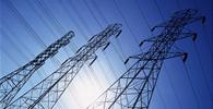 Lei renova concessões e reduz conta de energia