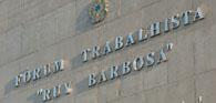 Fórum Ruy Barbosa reabre após tragédia e restringe acesso aos parapeitos