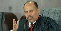 Desembargador de Roraima é condenado por concussão e perde cargo