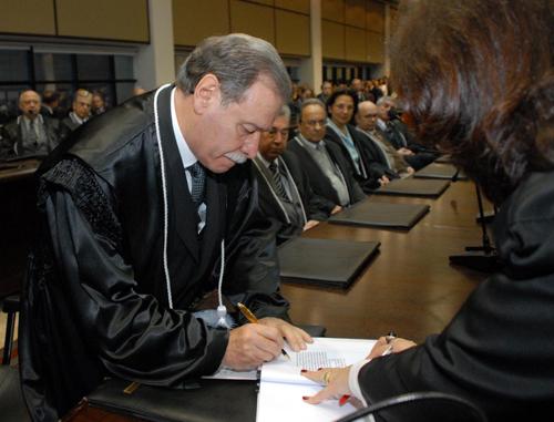 posse; TJ/PR; presidente; Celso Rotoli de Macedo; 2º vice-presidente; Sérgio Arenhart;
