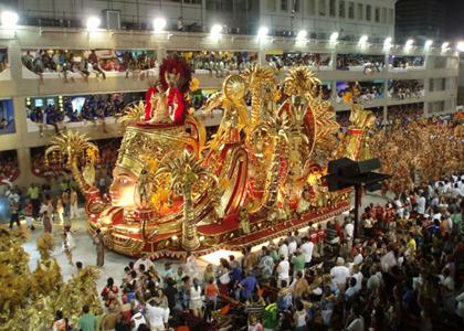 Carnaval pode gerar transtornos a moradores dos locais onde ocorre a folia