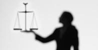 Escritórios investem em políticas voltadas para a mulher advogada