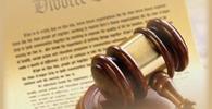 Magistrado não economiza português em despacho