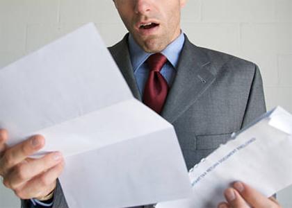 """Cliente chamado de """"fraudador"""" em fatura de celular será indenizado"""