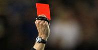 Time e torcedor devem indenizar árbitro por agressão