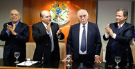 OAB/DF realiza sessão de desagravo público ao advogado José Gerardo Grossi