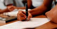 Instituição indenizará aluna por perda de bolsa de estudos
