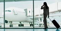 Companhia aérea tem bens bloqueados por descumprir condenação por atraso de voo