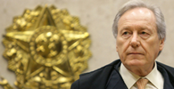 Lewandowski assume presidência da República