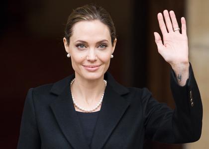 Outubro Rosa: a leitura genética de Angelina Jolie