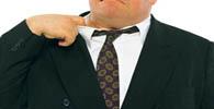 Escritórios fluminenses ponderam sobre uso de paletó e gravata no verão
