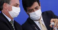 Bolsonaro desiste de exonerar Mandetta do ministério da Saúde