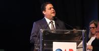 OAB é escudo em defesa do interesse público, da democracia e da Constituição, diz Felipe Santa Cruz em posse
