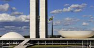 Bolsonaro atende Maia e decreto sobre Ficha Limpa em nomeações passa a retroagir