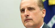 Onyx exonera comissionados da Casa Civil