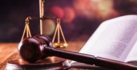 Instituição de ensino indenizará professor de Direito após apoiar abaixo-assinado que pedia sua demissão