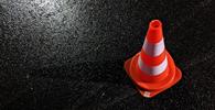 Prefeitura indenizará mulher que se acidentou em buraco na via