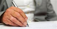 Idoso será indenizado após ser enganado ao assinar contrato financeiro