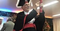 Idoso de 94 anos se forma em Direito no RS
