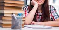 Universidade deve matricular aluna impedida de cursar disciplinas antes de concluir curso