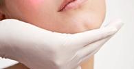 Dermatologista deve indenizar cliente por falha em procedimento estético