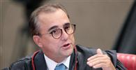 Celso de Mello envia ação contra ministro do TSE à Justiça do DF