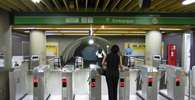 Metrô de SP deve indenizar passageiro assaltado em estação