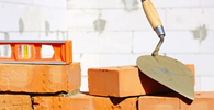 Construtora pagará multa e danos morais por atraso na entrega de obra