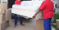 Fabricante deve indenizar por atraso na entrega de móveis a casal