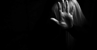 """""""Ofensor deve sentir no bolso"""", afirma advogada ao explicar nova lei sobre violência doméstica"""