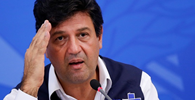 URGENTE: Bolsonaro demite Mandetta da Saúde; oncologista Nelson Teich assumirá cargo