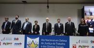 Ato em defesa da JT é realizado em auditório da Câmara dos Deputados