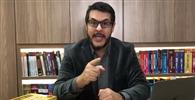 Professor de cursos preparatórios para carreiras jurídicas faz sucesso na internet