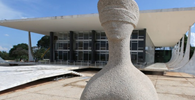 Assembleias legislativas podem revogar prisão de deputados estaduais, entende STF