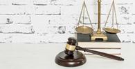 """Juiz defere em parte justiça gratuita, mas reconhece situação de militar reformado: """"pobre não é"""""""
