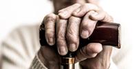 BMG está proibido de oferecer cartão de crédito consignado a idosos por telefone
