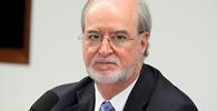 STJ reduz de 20 para 15 anos condenação de ex-governador de MG