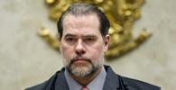 Ministro Toffoli assume presidência do STF; veja saudação feita na posse pelo ministro Barroso