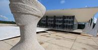Governador de Roraima ingressa no STF contra norma estadual de orçamento